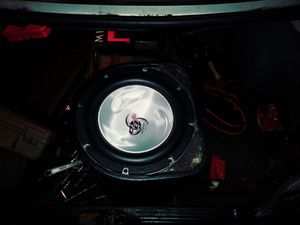 Single subwoofer for Sale in Cleveland, OH