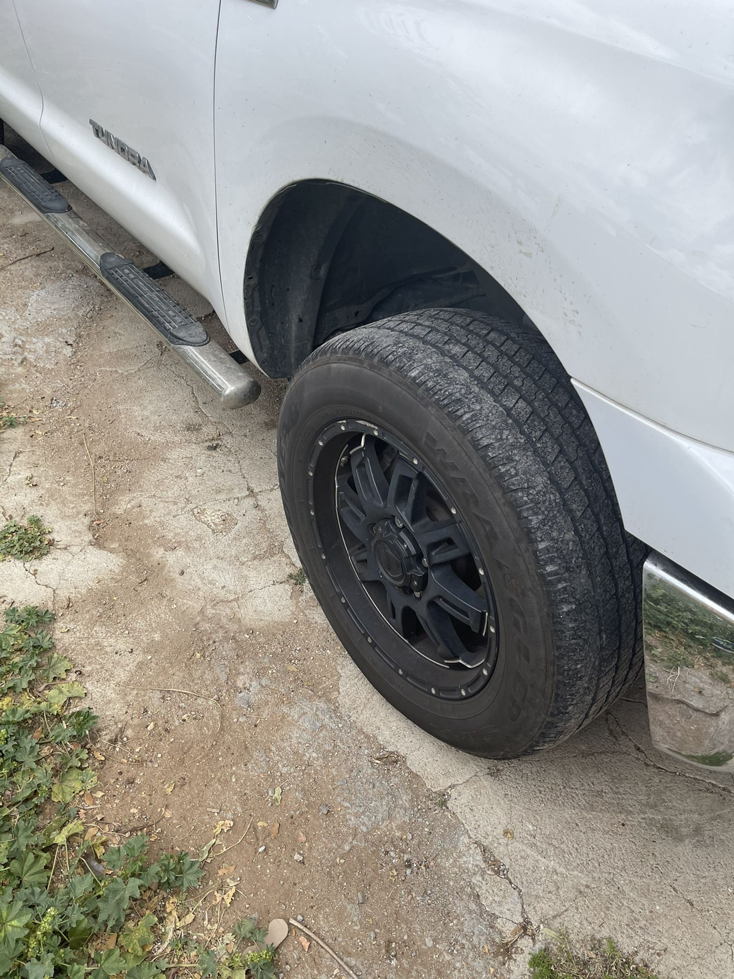Rims And Tires R20  Toyota Tundra