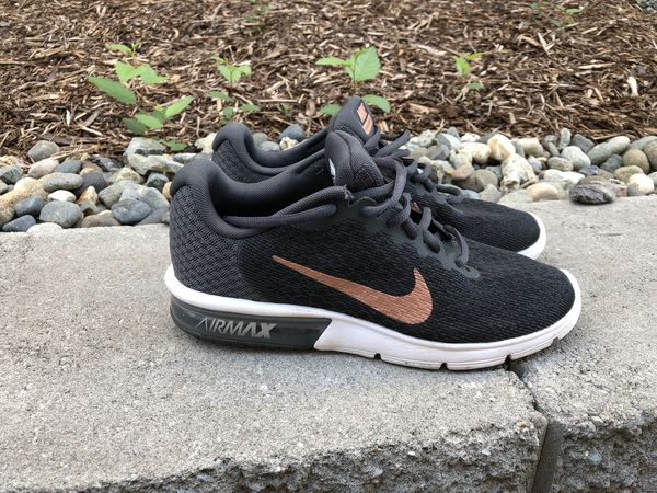 d7934d366a0c nike shoes size 8.5 (Clothing   Shoes) in Lynnwood