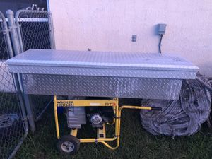 Truck tool box for Sale in Deltona, FL