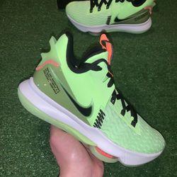 Nike Lebron Witness 5 Thumbnail