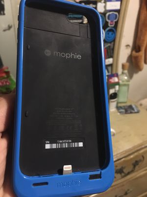 iPhone Mophie charging case for Sale in Annandale, VA