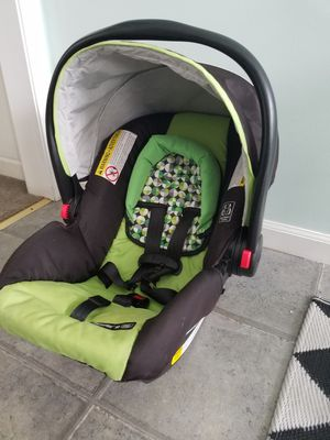 Graco Click Connect Infant Car Seat W Base For Sale In Milford CT