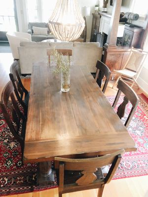 Photo World Market dining table & chairs