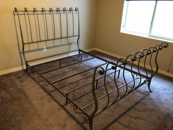 Pier 1 Wrought Iron Sleigh Queen Bed For Sale In Colorado Springs Co Offerup