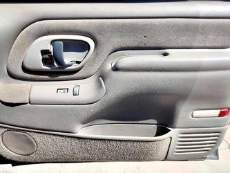 1998 Chevrolet Tahoe Thumbnail