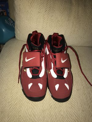 Size 10 Diamond Turf 2 for Sale in Bethesda, MD