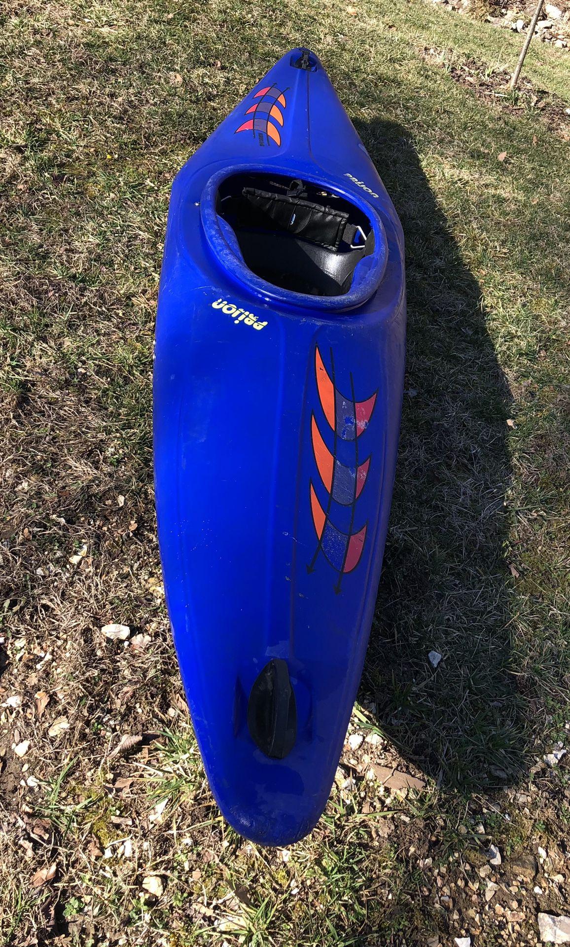 Photo Prijon Hurricane White Water And General Use Kayak
