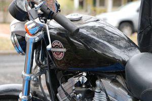 Photo Harley 883 hugger 2003