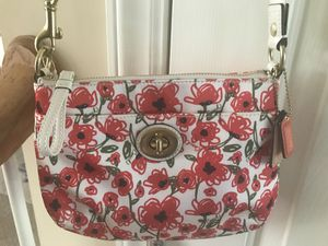 Coach bag for Sale in Apex, NC