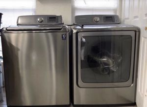 Samsung 5.6 Washer and 9.5 Dyer Set... for Sale in Baltimore, MD