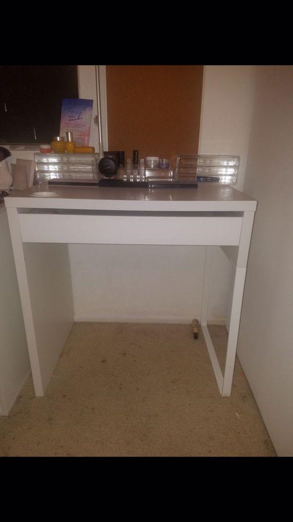 ikea desk for sale in san diego ca offerup. Black Bedroom Furniture Sets. Home Design Ideas