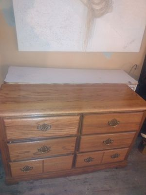 Photo Solid oak dresser
