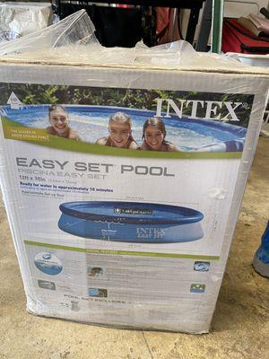 """Photo Intex 12'x30"""" Easy Set Pool"""