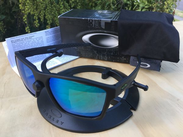 1a9464cd116 NEW Oakley Targetline sunglasses - matte black frames with jade Prizm  polarized lenses and metallic green icons
