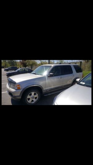 2004 Ford Explorer XLT 3rd row seat for Sale in Fort Washington, MD