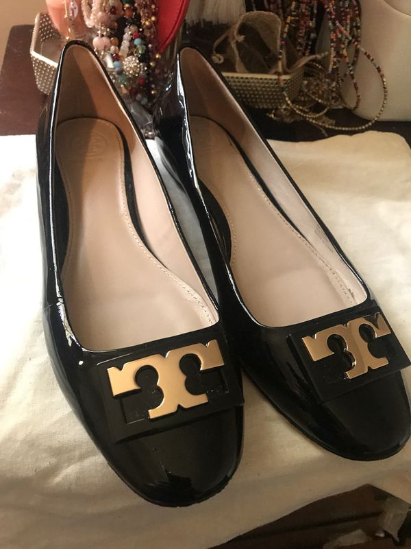 2ddb06a1dbbe flats tory burch for Sale in Cumming