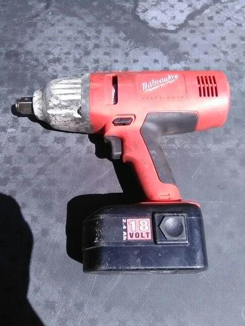 Milwaukee 3 4 Inch Impact Wrench