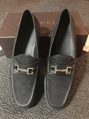aa1537c38 Gucci women s horsebit canvas leather loafer sz 40 (9.5) for Sale in Frisco