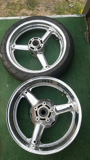 Suzuki chrome motorcycle wheels for Sale in Manassas, VA
