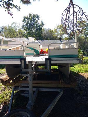 Pontoon boat for Sale in Orlando, FL