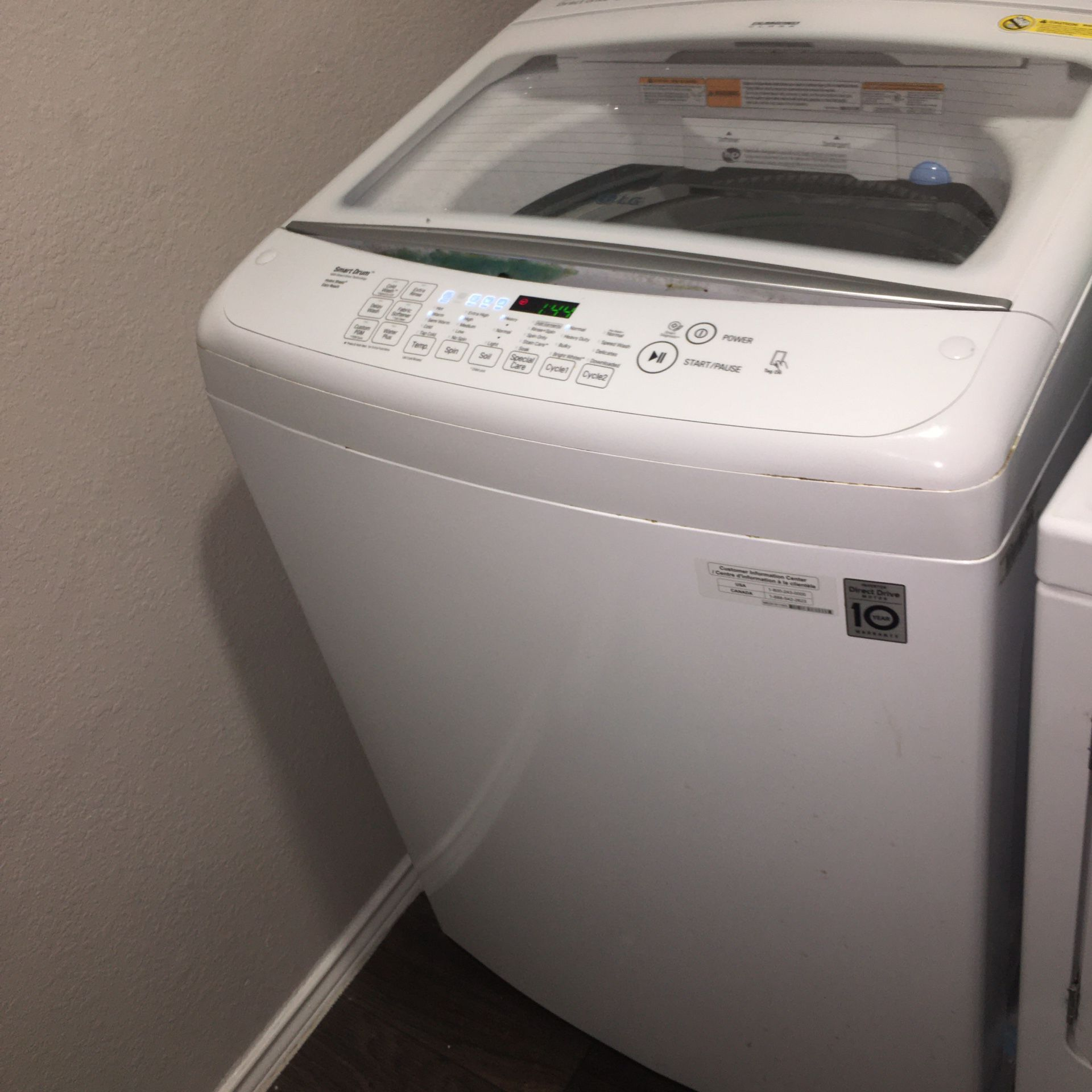 Washer and Dryer Non Matching Set!!
