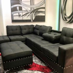 Sectional and ottoman for Sale in Miami, FL