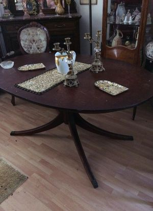 Dinning table for Sale in Santa Monica, CA