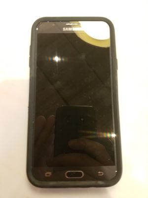 Samsung Galaxy J7 cell phone 4g for Sale in New York, NY