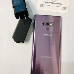 Samsung Galaxy note 9 (128 gb) unlocked with store warranty  Thumbnail