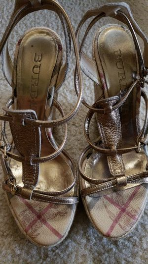 Burberry Sandals | Very Good Condition | Size 37,5 eu | Made in Italy for Sale in Alexandria, VA