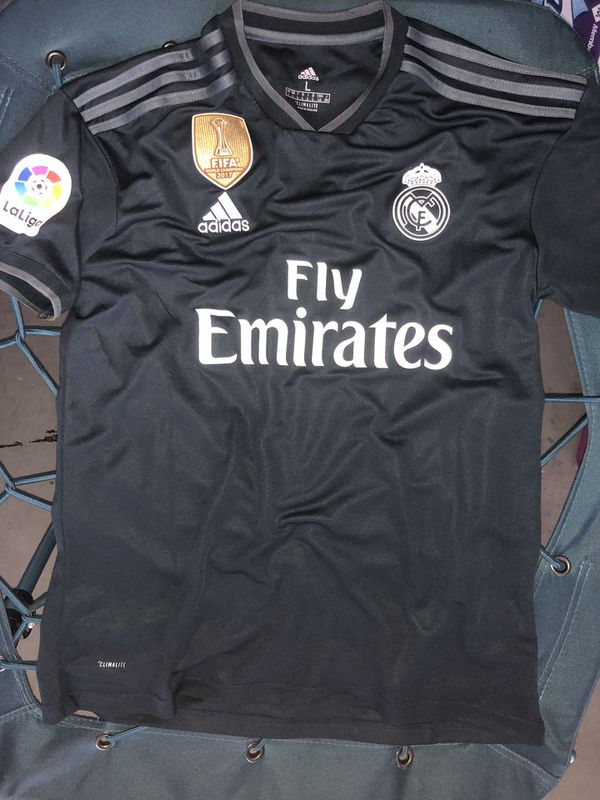 781a9862d Real Madrid 2019 Away size L to XL for Sale in Santa Clarita