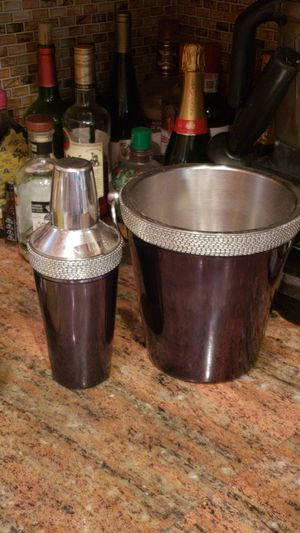 Bar items--ice bucket & shaker for Sale in Mount Rainier, MD