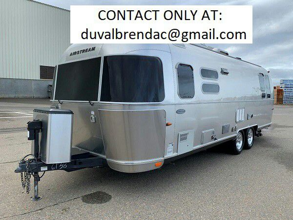 Photo kyuthb2015 Airstream Flying Cloud 28 Camping Trailer RV