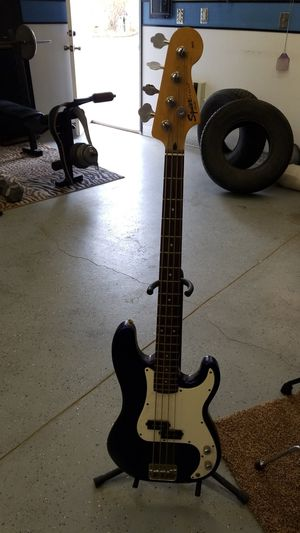 Squier P-bass by Fender for Sale in Hesperia, CA