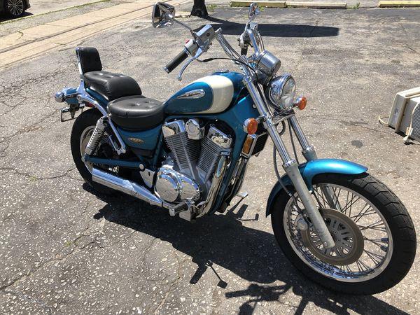 Suzuki intruder 1400 cc cruiser motorcycle for Sale in Norristown, PA -  OfferUp