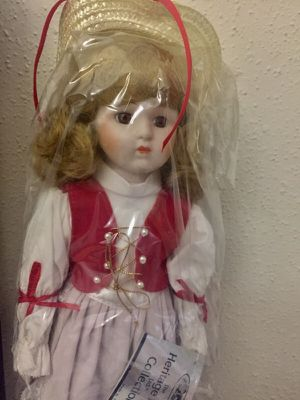 1988 1989 The Heritage Mint Ltd Heidie D-38 America's dolls for Sale in Houston, TX