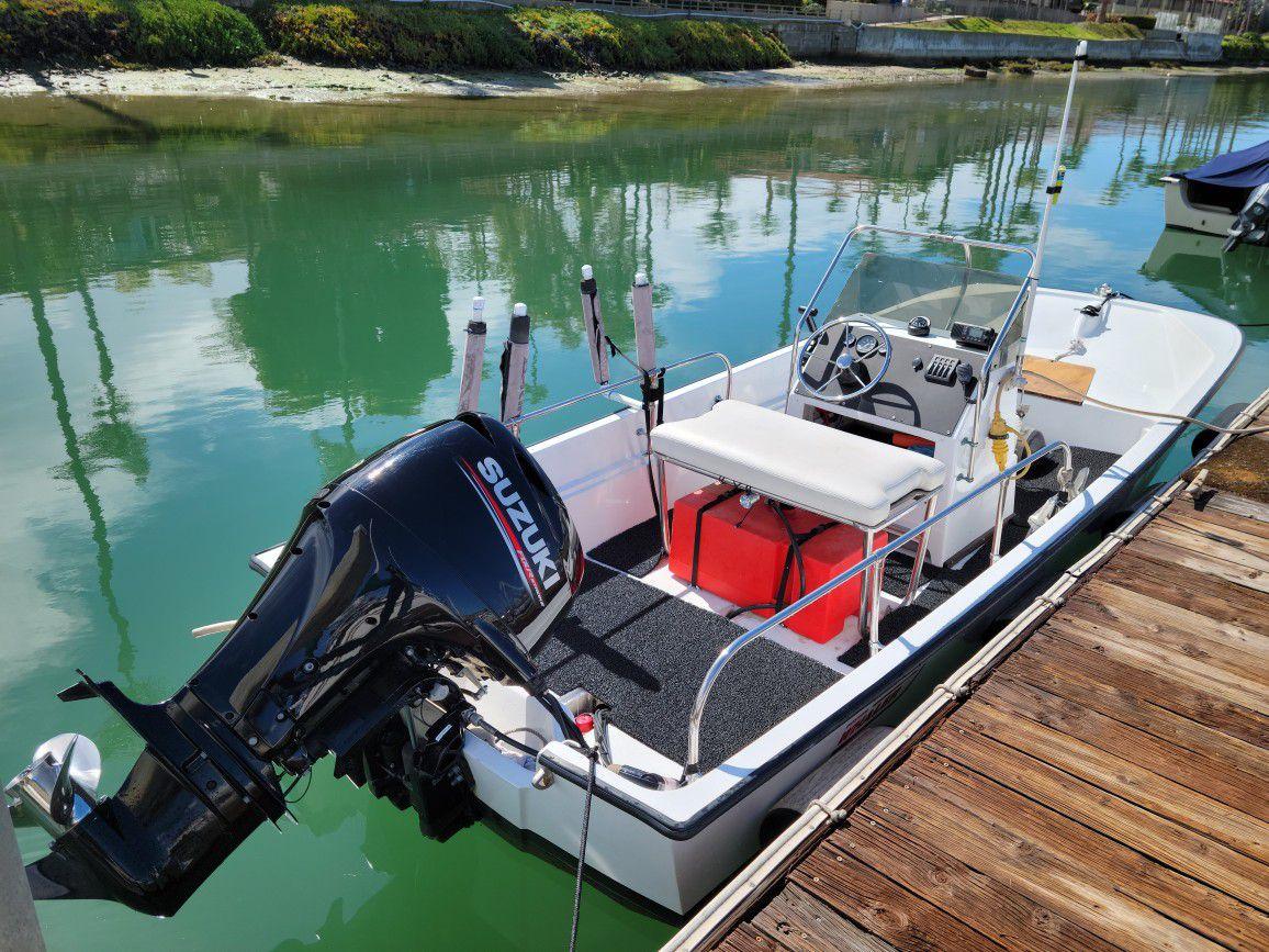 Photo 2019 Suzuki 90hp 4 Stroke 1977 Boston Whaler Montauk Boston Whaler 17 Montauk
