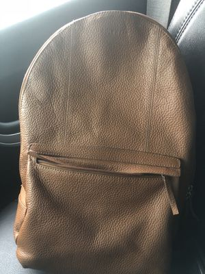COLEHAAN PEBBLE 100% leather bag for Sale in Washington, DC