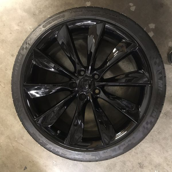 Tesla Wheels and tires for Sale in San Diego, CA - OfferUp