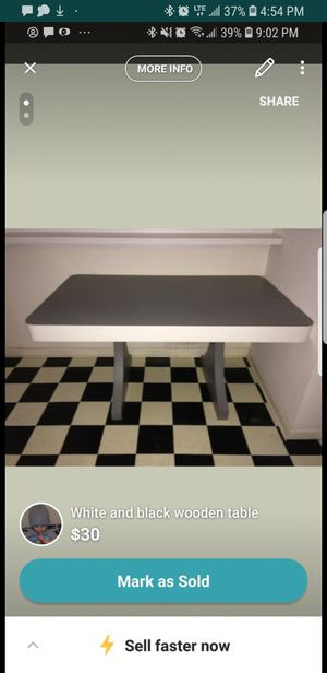Table for Sale in North Potomac, MD