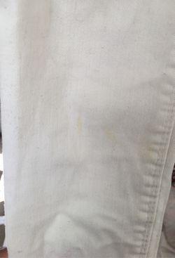 White Pants Thumbnail
