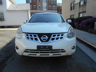 2013 Nissan Rogue Thumbnail