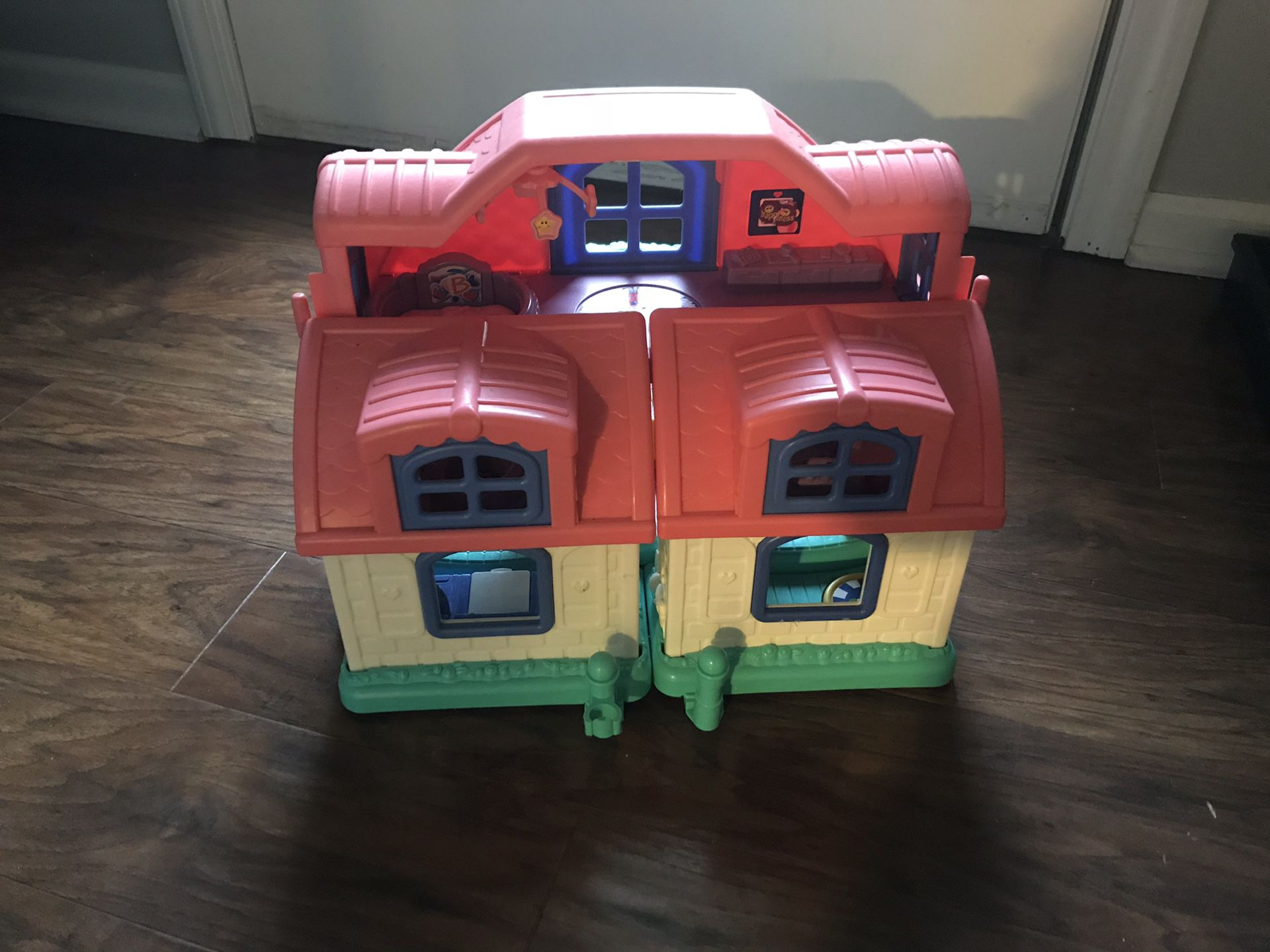 Little People house