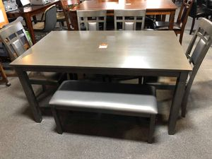 Dining table with 4 chairs and a bench for Sale in Baltimore, MD