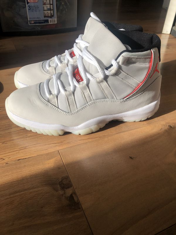buy online f24d3 34d46 Air Jordan 11 Platinum Tint/ University Red SZ 8 for Sale in San Jose, CA -  OfferUp