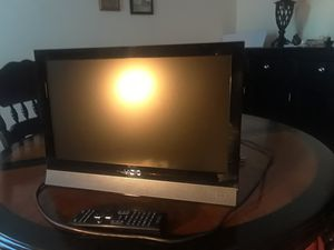 Vizio 19 inch for Sale in Farmville, VA