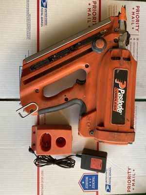 Photo Paslode Impulse Cordless Framing Nailer Nail Gun with charger