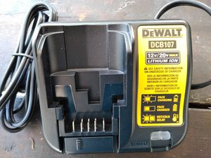 Photo DeWalt 12 volt and 20 volt Max lithium ion battery charger, brand new!