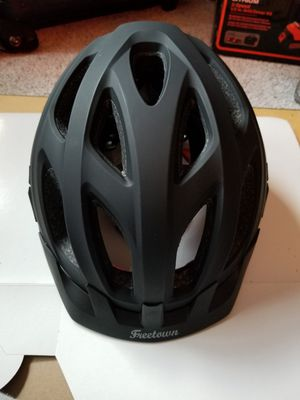 Hybrid Bicycle helmet, Freetown, Rouler, Adult/Youth sz. for Sale in New York, NY